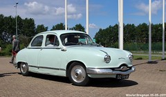 Panhard Dyna Z16 1959 (XBXG) Tags: dz7444 panhard dyna z16 1959 panharddynaz16 panharddyna panharddynaz dynaz dynaz16 citromobile 2019 citro mobile carshow expo haarlemmermeer stelling vijfhuizen nederland holland netherlands paysbas vintage old classic french car auto automobile voiture ancienne française france frankrijk vehicle outdoor