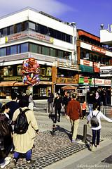 DSCF0063ps (DrOpMaN®) Tags: velvia fuji fujifilm fujinonsuperebc23mmf2asph x100t street people
