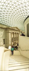 The Great Court (Myahcat) Tags: panoramic film 35mm lomo lomography london kodak horizonperfekt people peoplewatching museum britishmuseum
