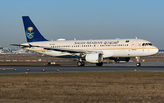 SVA_A320_HZASC_FRA_FEB2019 (Yannick VP) Tags: civil commercial passenger pax transport aircraft airplane aeroplane jet jetliner airliner sv sva saudi arabian airlines saudia airbus a320 320200 hzasc frankfurt rheinmain airport fra eddf germany de europe eu february 2019 aviation photography planespotting airplanespotting departure takeoff runway rwy 18 rotation