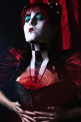 - Total eclipse of the heart - (Paz Molina) Tags: maripazmolina mujer makeup maquillaje pazmolina photoshop pelirroja portrait queen hearts