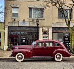 old tyme Grosse Pointe (ekelly80) Tags: michigan home easter april2019 spring grossepointe kercheval vintage old car hudson maroon oldtyme