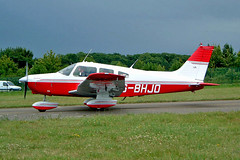 G-BHJO  Piper PA-28-161 Warrior II [28-7816213] Kemble~G 11/07/2004 (raybarber2) Tags: 287816213 abpic airportdata cn287816213 egbp flickr gbhjo planebase raybarber single ukcivil filed