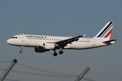 F-GKXE A320 Air France (eigjb) Tags: toulouse blagnac airport lfbo jet transport airliner aviation plane spotting avion aircraft airplane aeroplane 2019 airbus a320 air france