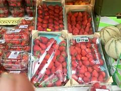 Fraises (Paris Breakfast) Tags: fraises berries strawberries