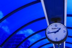 13:44 (Amataki) Tags: amataki 44 reloj derio estacion tren bizkaia eusko 13
