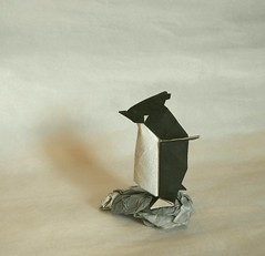 【Origami】Rockhopper Penguin (Lonely-Shiba) Tags: 折り紙 origami original bird