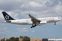 N280AV Avianca Airbus A330-243 (Hector A Rivera Valentin) Tags: n280av avianca airbus a330243 staralliance star alliance
