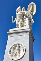 Berlin - Museumsinsel, Skulptur auf der Schloßbrücke (www.nbfotos.de) Tags: berlin museumsinsel schlosbrücke statue skulptur sculpture