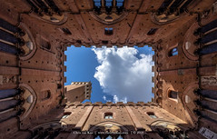 Siena, Italy (CvK Photography) Tags: canon color cvk europe holiday italy spring tuscany siena building tallbuilding tower agent