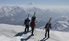 No nos atrevemos a mirarle a la cara (Edu Astudillo) Tags: irán 2019 nieve snow esqui esquidemontaña skimo skitouring tochal
