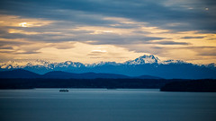 Olympic Mountains, West Seattle (Paddy O) Tags: ferry olympicmountains sunset olympicmountainrange vashonislandferry blakeisland westseattle pugetsound mountains 2019 seattle vashonisland