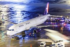AIR MACAU A321-232(WL) B-MCG 004 (A.S. Kevin N.V.M.M. Chung) Tags: aviation aircraft aeroplane airport airlines airbus plane apron macauinternationalairport mfm spotting beacon raining a321 a321ceo