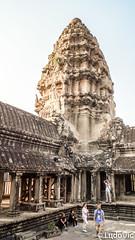 It's just Angkor (Lцdо\/іс) Tags: angkorwat temple statue architecture architektur archeological archaeological siemreap cambodge cambodia kambodscha khmer travel explore voyage lцdоіс buddhisme buddha bouddha boudhisme kingdom asia asian asie southeast