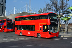 WH31111 - 25 Ilford Broadway (Gellico) Tags: tower transit wright streetdeck wh31111 route 25 473 london bus