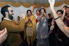 Gidha Boliyan & Bhangra (Maria Spadafora (@BloodyNoraDJ)) Tags: anandkaraj wedding sikhwedding mehndi henna food party bhangra gidhaboliyan cake boliyan singing dancing marriage ceremony gurdwara gnnsj leeds punjabi sikhism colourful amarwedsnims2019 amardev neelam family celebration