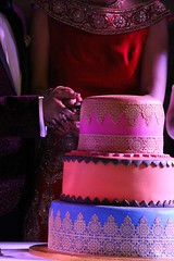 Party! (Maria Spadafora (@BloodyNoraDJ)) Tags: anandkaraj wedding sikhwedding mehndi henna food party bhangra gidhaboliyan cake boliyan singing dancing marriage ceremony gurdwara gnnsj leeds punjabi sikhism colourful amarwedsnims2019 amardev neelam family celebration