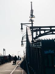 2019-04-18-082428 (Schmidtze) Tags: architektur berlin berlinpankow bornholmerbrücke bornholmerstrase bridge brücke bösebrücke farbe gegenlicht olympusem1markii olympusm12100mmf40 prenzlauerberg stadt strase menschenleer deutschland