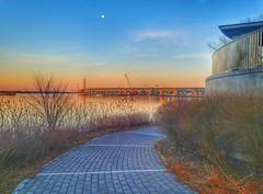 vers le pont Champlain (BLEUnord) Tags: pont bridge champlain montréal fleuve saintlaurent river stlawrence îledes sœurs nuns island