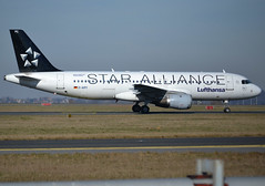 "D-AIPC, Airbus A320-211, c/n 071, Deutsche Lufthansa AG., ""Braunschweig"", Star Alliance livery, CDG/LFPG, 2019-02-17, taxiway Delta. (alaindurandpatrick) Tags: lh dlh lufthansa deutschelufthansaag airlines staralliance airlinealliances specialliveries a320 a320200 airbus airbusa320 airbusa320200 minibus jetliners airliners cdg lfpg parisroissycdg airports aviationphotography daipc cn071"