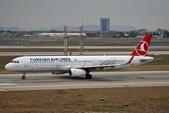 """Merzifon"" Turkish Airlines TC-JSY Airbus A321-231 Sharklets cn/6758 @ LTBA / IST 24-11-2018 (Nabil Molinari Photography) Tags: merzifon turkish airlines tcjsy airbus a321231 sharklets cn6758 ltba ist 24112018"