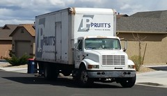 Pruitt's Furniture (ashman AZ) Tags: international truck pruittsfurniture candid boxtruck