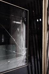 Budapest (Denkrahm) Tags: urban denkrahm budapest verval decay closed broken brokenglass pane