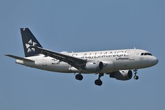 Lufthansa Star Alliance Livery Airbus A319 D-AILF (Adam Fox - Plane and Rail photography) Tags: egcc airport manchester plane aeroplane airplane aircraft jet airliner passenger transport commercial