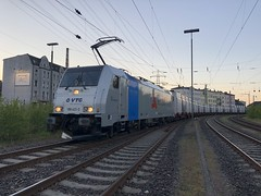 186 431-3 am 13.05.19 in Hamburg Unterelbe Seehafen (Freestyler26M) Tags: retrack vtg 186 431 bombardier transpetrol railpool unterelbe hamburg seehafen knauf gips