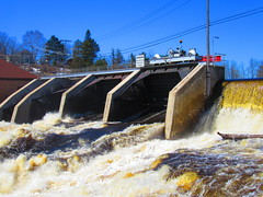 IMG_4693 4-19-2019 (PGK88) Tags: dam spillway floodgates runoff water river flow spring springtime architecture structure hydroelectric 2019 industrial