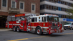 Tower 3, DCFD (NoVa Truck & Transport Photos) Tags: 2018 seagrave aerialscope 95 midmount tower ladder fire apparatus dcfd dcfems district columbia department station 3 franklin square