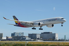 Asiana Airlines A350-941 (HL8079) LAX Approach 1 (hsckcwong) Tags: asianaairlines a350941 a350 a3509 hl8079 lax klax