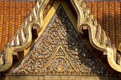 Cloister, Wat Benchamabophit (aey.somsawat) Tags: architecture bangkok buddhisttemple cloister godandangel marbletemple thaiarchitecture watbenchamabophit