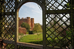 The gate house, Kenilworth Castle, seen from the end of the terrace above the Elizabethan Garden (alanhitchcock49) Tags: kenilworth castle warwickshire visit by redditch u3a digital photography group 17 april 2019 spring english heritage hdr the gate house