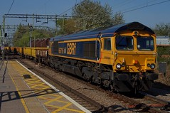 Trekker: 66716/66754 6T78 Harlow Mill 20/04/19 (TheStanstedTrainspotter) Tags: train trains rail railway transport transportation freight publictransport gbrf gbrailfreight 66 class66 66716 66754 locomotivecarriageinstitute northamptonsaints 6t78 whitemoor ge geml greateasternmainline gasfactoryjn whitemooryardldcgbrf harlowmill westanglia westangliamainline nr networkrail engineeringtrain essex