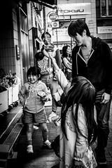 T3BK3500 (jojotaikoyaro) Tags: kichijoji musashino tokyo japan street streetphography snapshot candid people monochrome fujifilm xt3 xf35mmf14