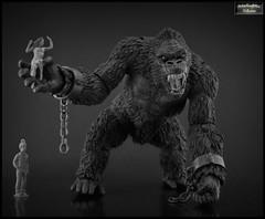 King Kong of Skull Island (RobinGoodfellow_(m)) Tags: mezco king kong skull island action figure ape giant