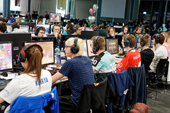 IMG_1235_TAB (lespittets1) Tags: polylan canon 80d epfl conventioncenter esport lol overwatch 2019