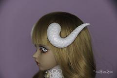 White snake horns MSD (AnnaZu) Tags: white snake horns msd annazu annaku vesnushkahandmade commission poymer clay sculpting magnetic doll bjd abjd balljointed fairyland minifee fairyline alicia