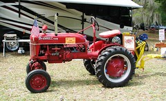 1948 McCormick Farmall Cub tractor 2913 (Tangled Bank) Tags: visiting stephen foster folk culture center state park white springs florida old classic heritage vintage history historical museum south southern rural america american dixie technology 1948 mccormick farmall cub tractor 2913 farm farming agriculture agricultural equipment