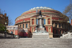 Royal Albert Hall (Adam Swaine) Tags: buildings historicalbuildings london cities canon castlespalacesmanorhousesstatleyhomescottages england english britain british uk tourism walks