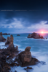 Sunset to Los Urros, Liencres - Cantabria / Spain (Yannick Lefevre) Tags: espagne espana spain liencres cantabria losurros sunset landscape seascape ocean longexposure clouds sea water waves rocks cliff stone costaquebrada evening blue bluehour nikon nikkor sun sunlight europe