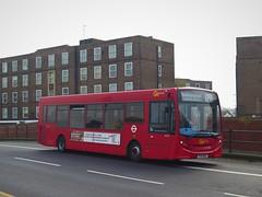 London Central SE204 (YY14WEA) - 16-04-19 (peter_b2008) Tags: goaheadgroup goaheadlondon londoncentral adl enviro200 dart se204 yy14wea buses coaches transport buspictures