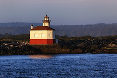 Coquille River Lighthouse (erichudson78) Tags: usa oregon bandon lighthouse phare seaside seascape borddemer canoneos6d canonef70200mmf4lisusm coquilleriver