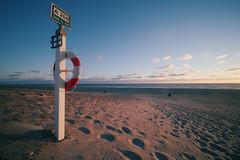 A208 (funk_explosion) Tags: laowa9mm fujixpro2 nordsee shoreline strand nymindegad dänemark