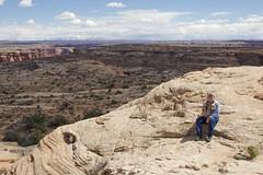 A seat with a view (Jeff Mitton) Tags: garyclendening labyrinthcanyonwilderness archesnationalpark lasalmountains slickrock earthnaturelife wondersofnature wilderness coloradoplateau utah