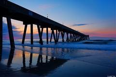 At sunrise (gusdiaz) Tags: sunrise amanecer playa beach colorful pier wrightsville wilmington johnniemercersfishingpier fuji fujifilm nature naturephotography beautiful hermoso mothersday diadelasmadres relaxing relajante joy joyful morning mañana gold oro dorado
