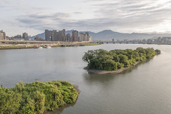 Islets along the Tamsui River (jasoncremephotography) Tags: taipei taiwan leica sl leicasl river islets