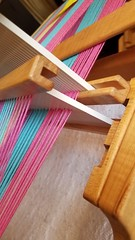 Press down on pick up stick to open shed correctly on steps 2 and 6. Rh loom 3-shaft weaving (Sweet Annie Woods) Tags: