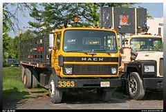 "Mack MS 200 ""RTI"" (uslovig) Tags: mack truck ms manager series serie coe cab over engine 200 tri trap rock industries 3383 woodbridge nj new jersey stake bed lorry camion camiones lkw lastwagen lastkraftwagen vierer club kabine four cabin 4 usa amerika america"